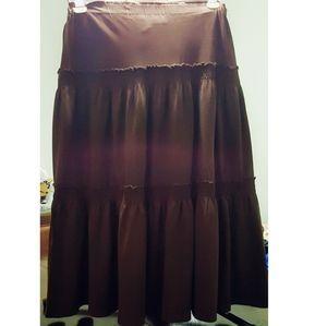 Layered tier skirt